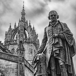 Edinburgo - statua di Adam Smith