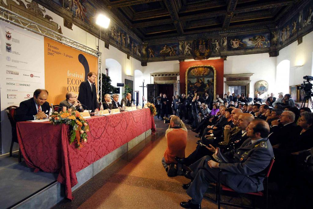 Ufficio Job Guidance Trento : Festival of economics unitrento